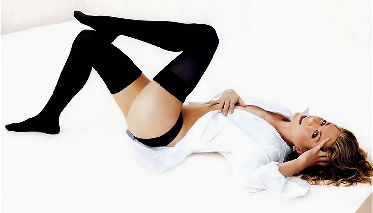 "But even science is saying that Jennifer Aniston tops the ""perfect legs"""