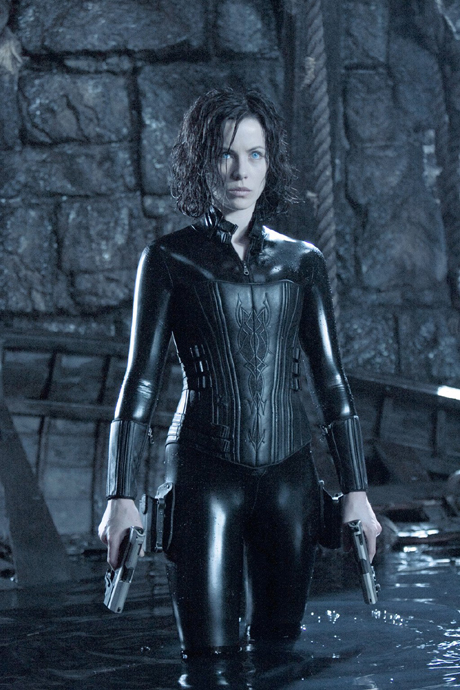 kate beckinsale underworld pictures. watching Kate Beckinsale